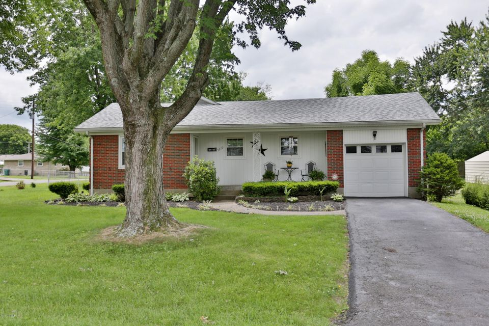 Single Family Home for Sale at 5310 Woodhill Lane Louisville, Kentucky 40219 United States