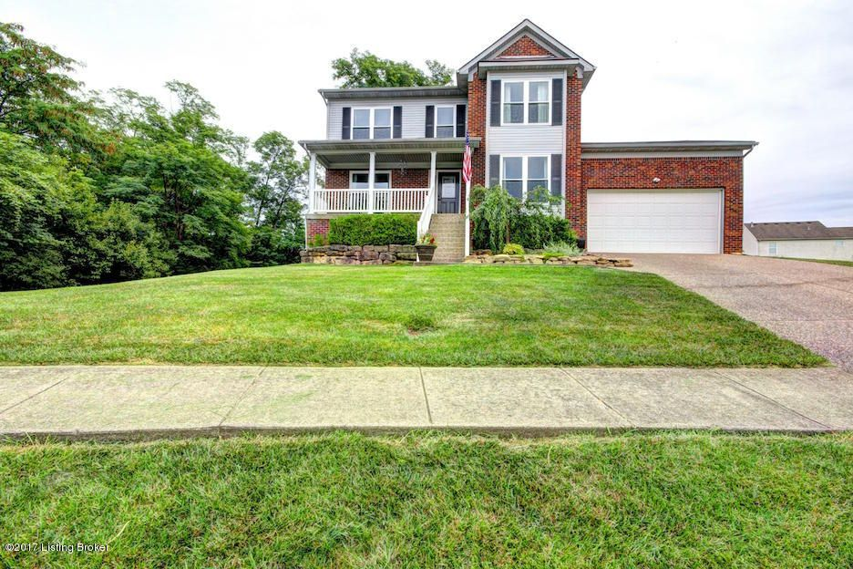 Single Family Home for Sale at 1107 Hamlet Forest La Grange, Kentucky 40031 United States