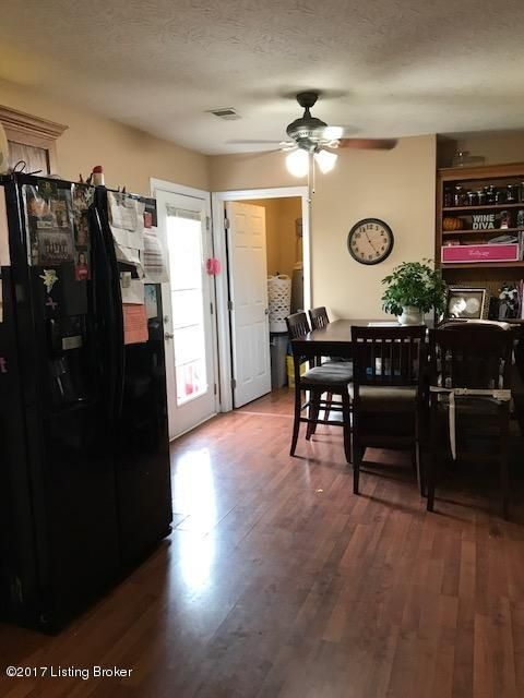 Additional photo for property listing at 350 Hensley Road  Shepherdsville, Kentucky 40165 United States