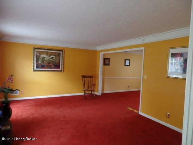 Single Family Home for Sale at 9011 Henry Clay Drive Louisville, Kentucky 40242 United States