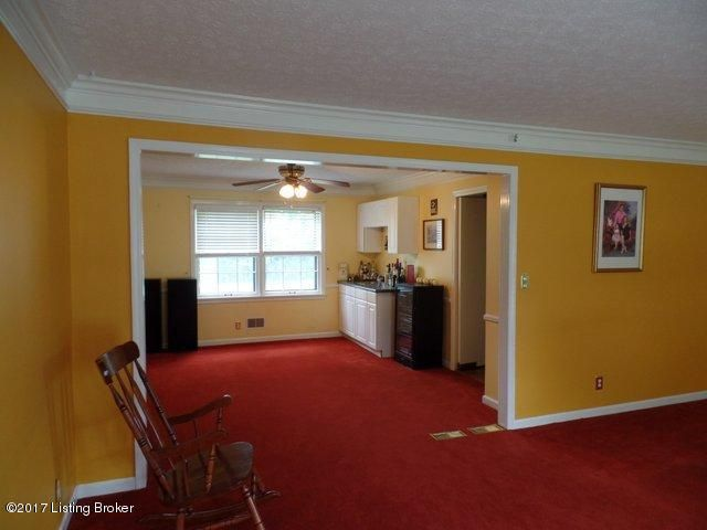 Additional photo for property listing at 9011 Henry Clay Drive  Louisville, Kentucky 40242 United States