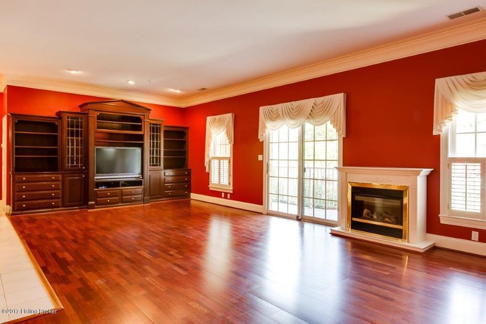 Additional photo for property listing at 5601 Coach Gate Wynde  Louisville, Kentucky 40207 United States