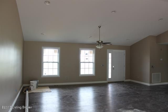 Additional photo for property listing at 318 Wakefield Drive 318 Wakefield Drive Elizabethtown, Kentucky 42701 United States
