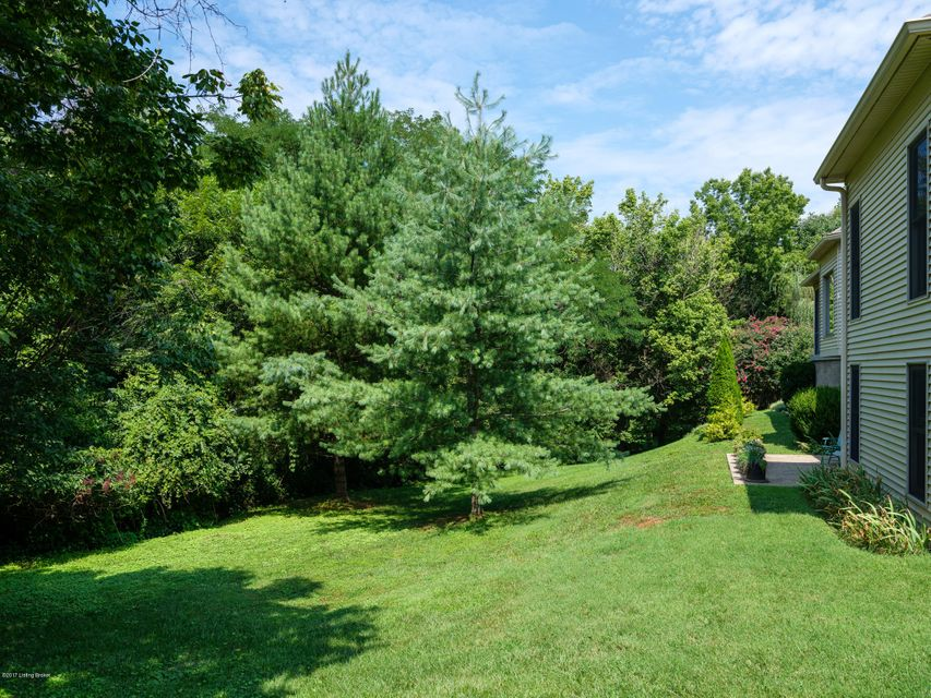 Additional photo for property listing at 7602 Wolfpen Ridge Court 7602 Wolfpen Ridge Court Prospect, Kentucky 40059 United States