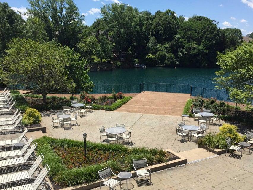 Additional photo for property listing at 2807 Mockingbird Court  Prospect, Kentucky 40059 United States