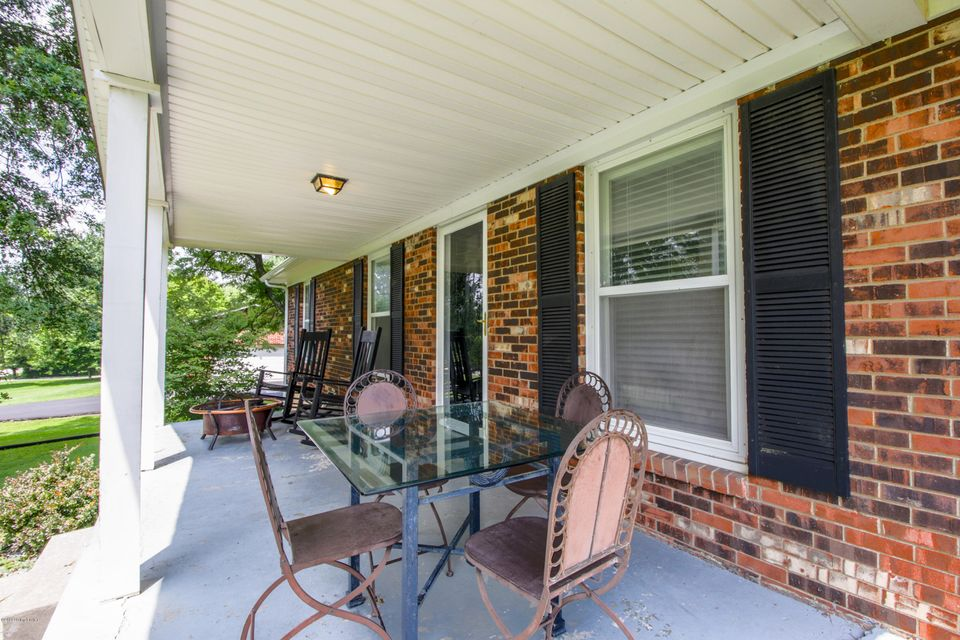 Additional photo for property listing at 4370 Elk Creek Road  Taylorsville, Kentucky 40071 United States