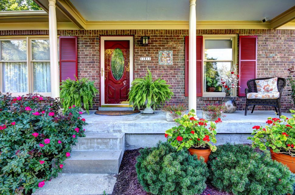 Additional photo for property listing at 11211 Lincoln Way 11211 Lincoln Way Louisville, Kentucky 40223 United States