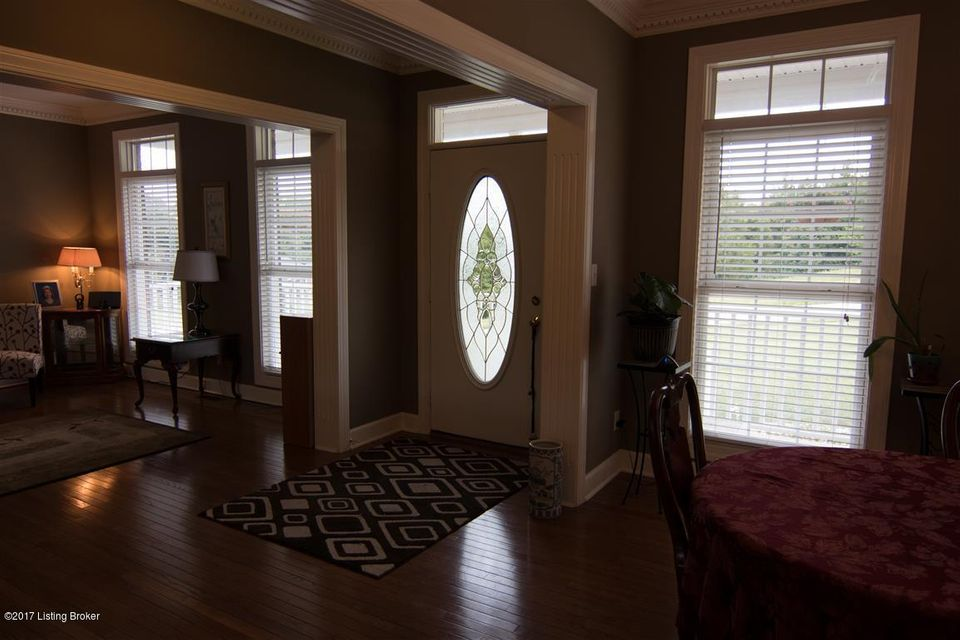 Additional photo for property listing at 205 Oak Valley Drive  Mount Washington, Kentucky 40047 United States