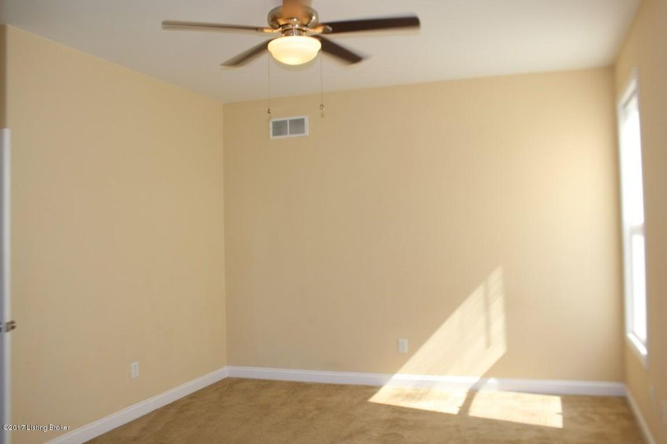Additional photo for property listing at 10107 Hornbeam Blvd  Louisville, Kentucky 40228 United States