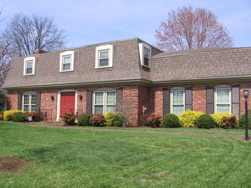 Single Family Home for Sale at 8907 Peterborough Drive 8907 Peterborough Drive Louisville, Kentucky 40222 United States