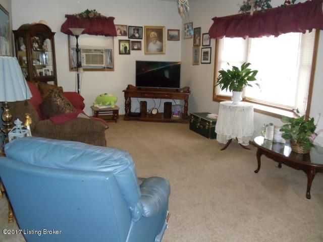 Additional photo for property listing at 287 Knollwood Circle  Louisville, Kentucky 40229 United States