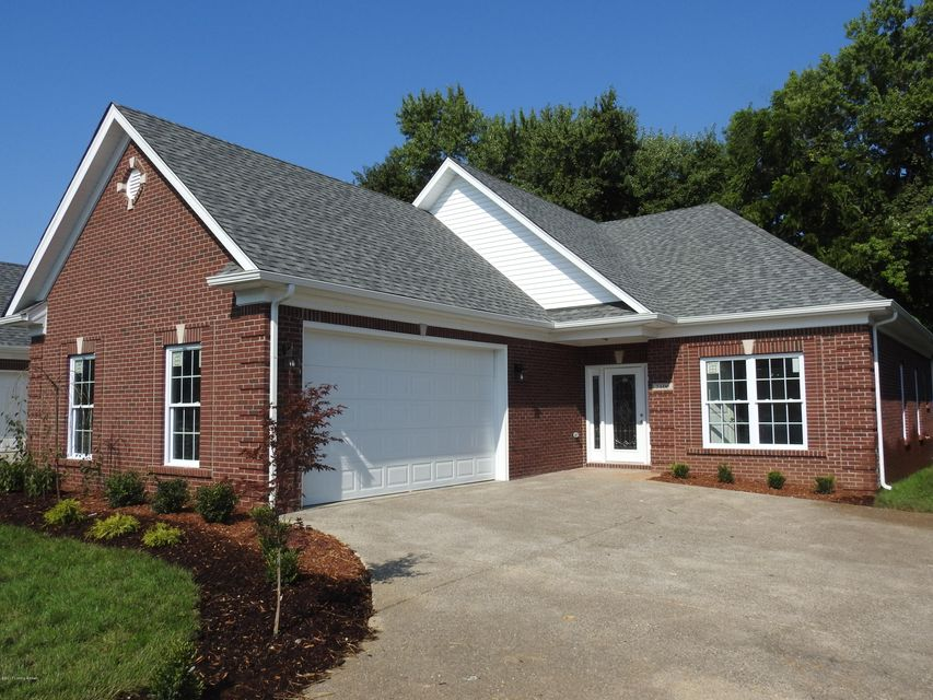 Additional photo for property listing at 7106 Brett Frazier Drive 7106 Brett Frazier Drive Louisville, Kentucky 40291 United States