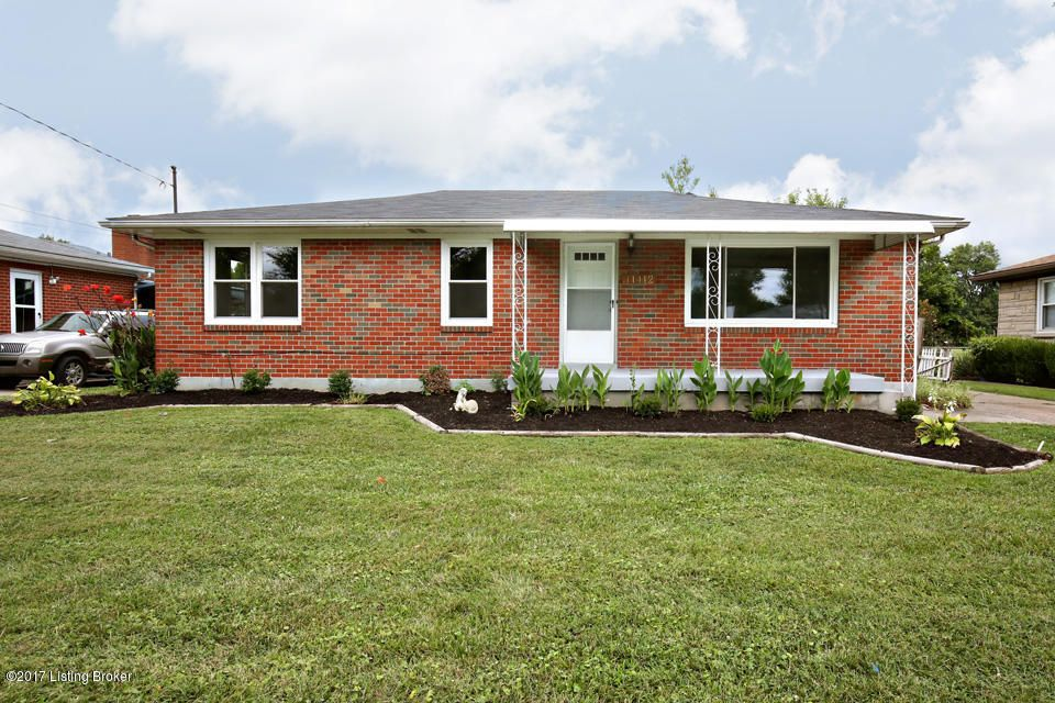 Single Family Home for Sale at 11412 Flowervale Lane Louisville, Kentucky 40272 United States