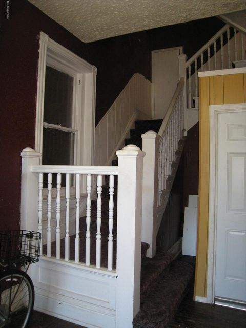 Additional photo for property listing at 615 Saint Catherine  Louisville, Kentucky 40203 United States