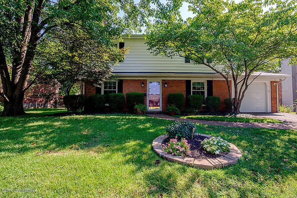 Single Family Home for Sale at 1405 Carlimar Lane Louisville, Kentucky 40222 United States