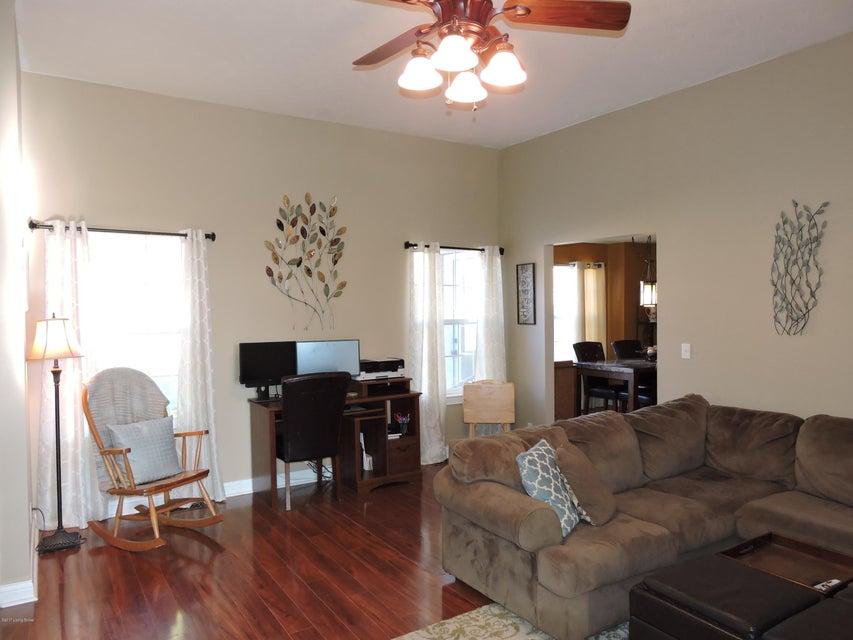 Additional photo for property listing at 390 Cornell Avenue  Mount Washington, Kentucky 40047 United States