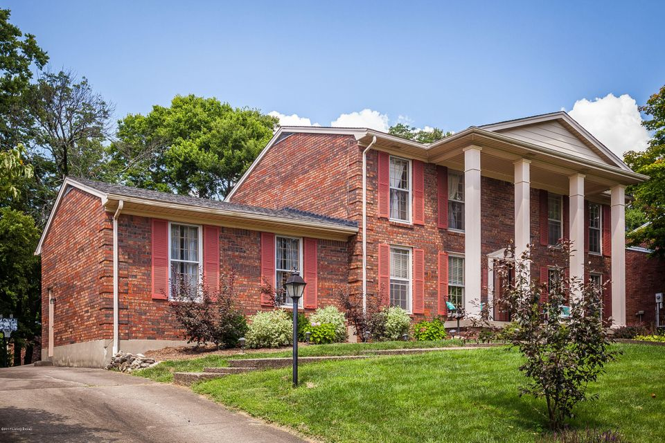 Additional photo for property listing at 9015 Lethborough Drive  Louisville, Kentucky 40299 United States