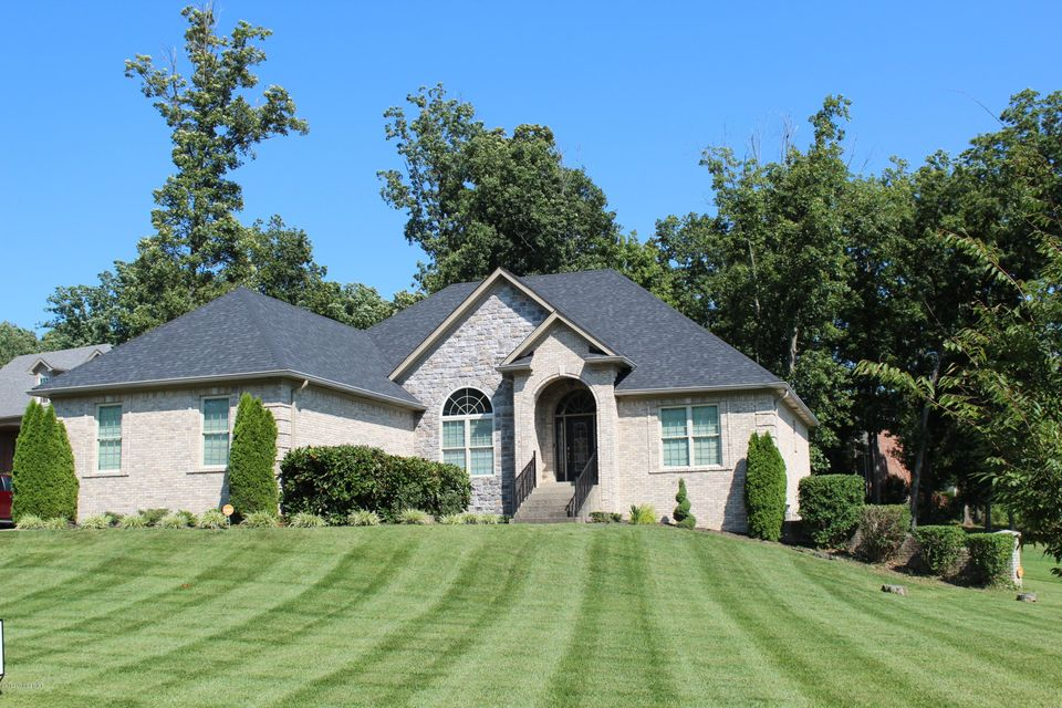 Single Family Home for Sale at 3011 Shaded Creek Court La Grange, Kentucky 40031 United States