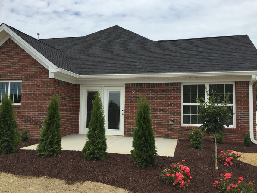 Additional photo for property listing at 501 Eagle Pointe Drive  Louisville, Kentucky 40214 United States