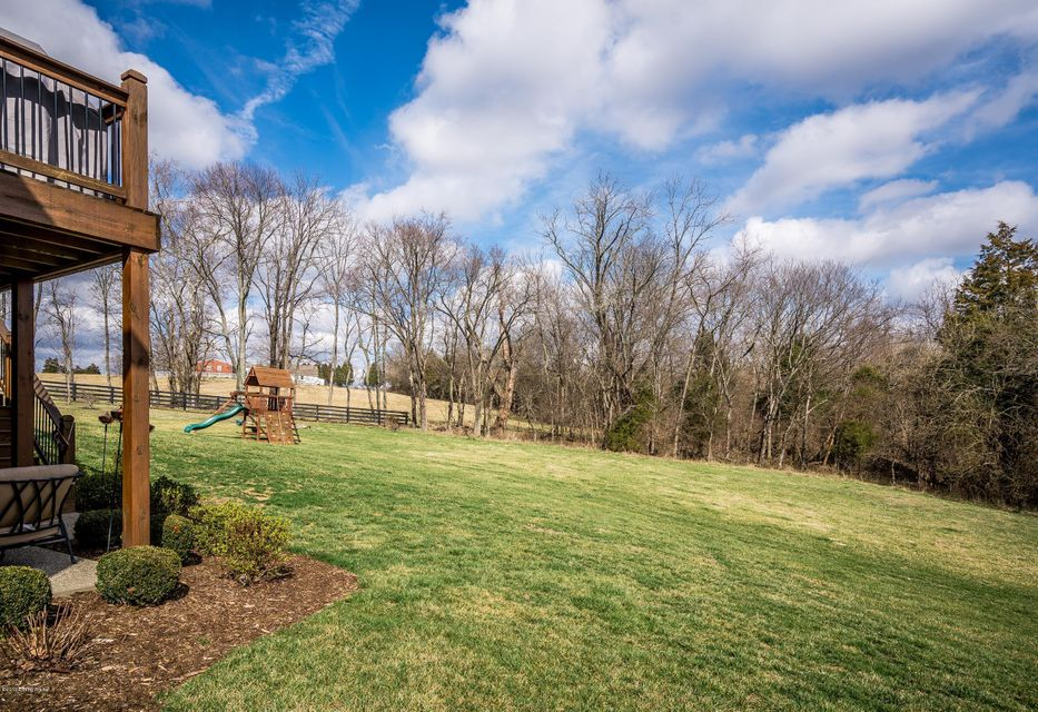 Additional photo for property listing at 1410 Shakes Creek Way  Fisherville, Kentucky 40023 United States
