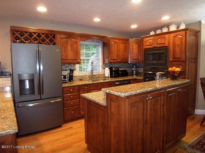 Single Family Home for Sale at 118 Westwind Trail Bardstown, Kentucky 40004 United States