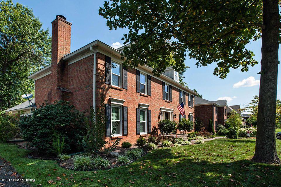 Additional photo for property listing at 9009 Hurstwood Court  Louisville, Kentucky 40222 United States