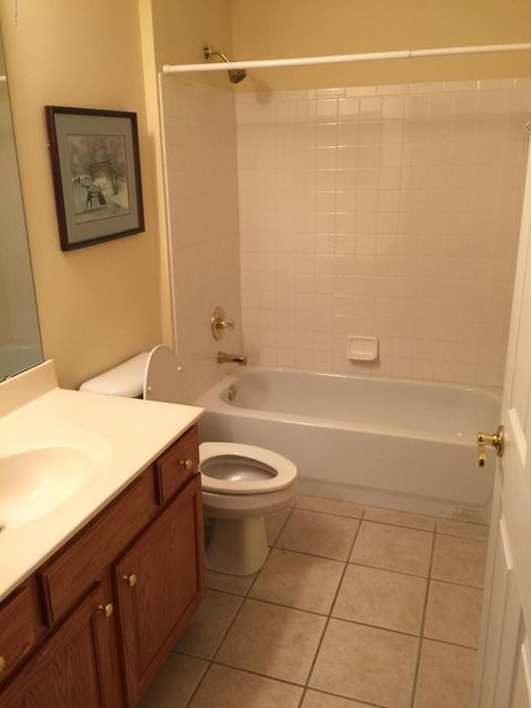 Additional photo for property listing at 5024 Kames Square  Louisville, Kentucky 40241 United States
