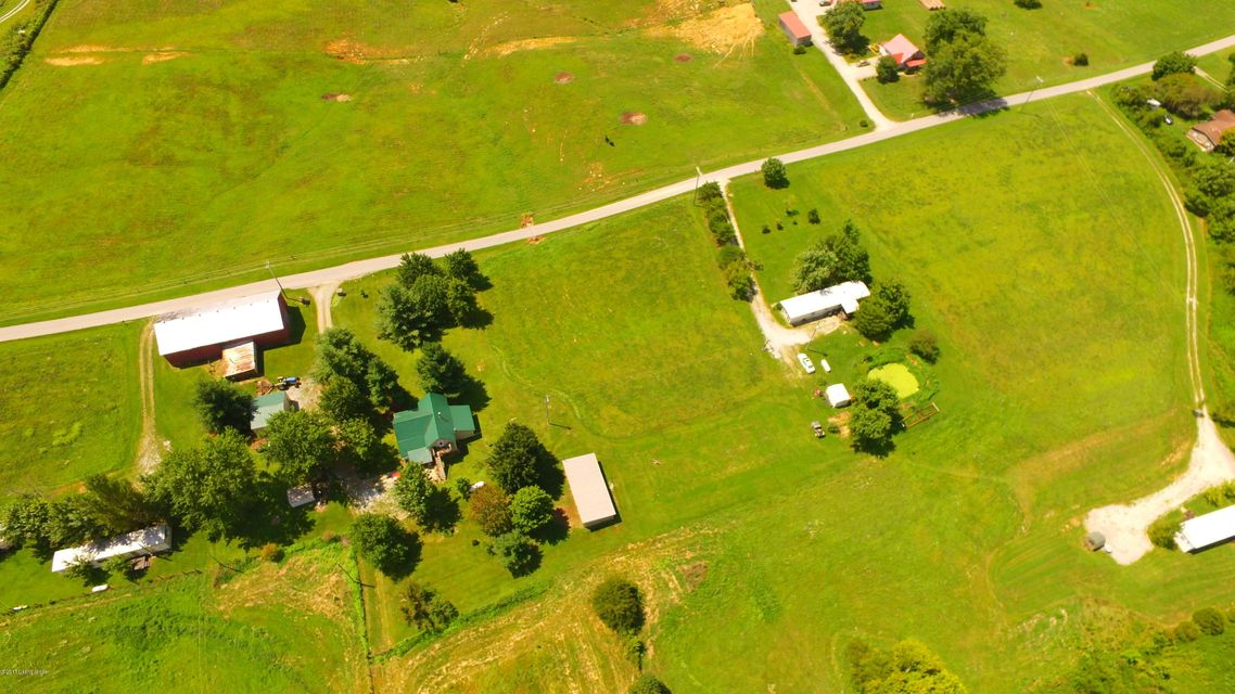 Additional photo for property listing at 1054 Bantas Fork Road 1054 Bantas Fork Road Pleasureville, Kentucky 40057 United States