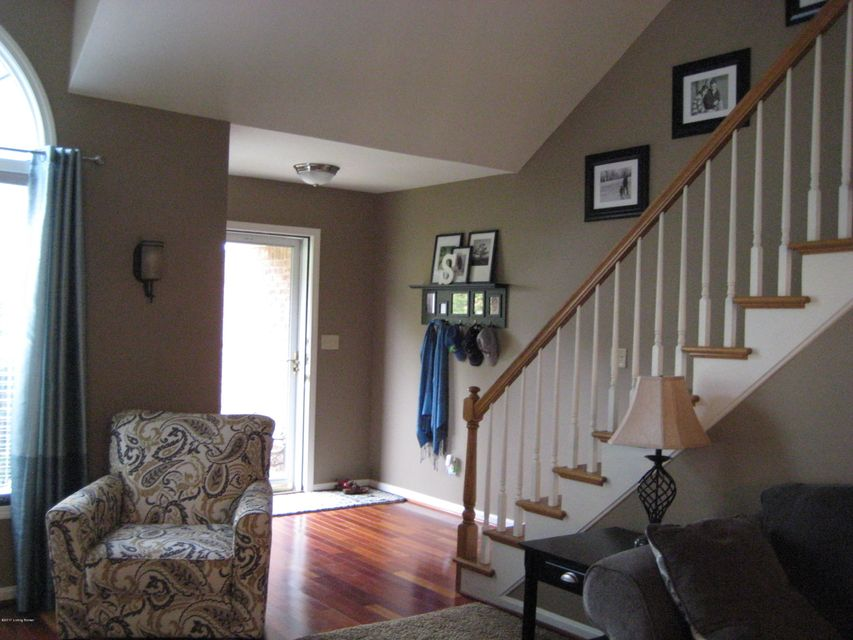 Additional photo for property listing at 4809 Fairway Pointe Court  Louisville, Kentucky 40241 United States