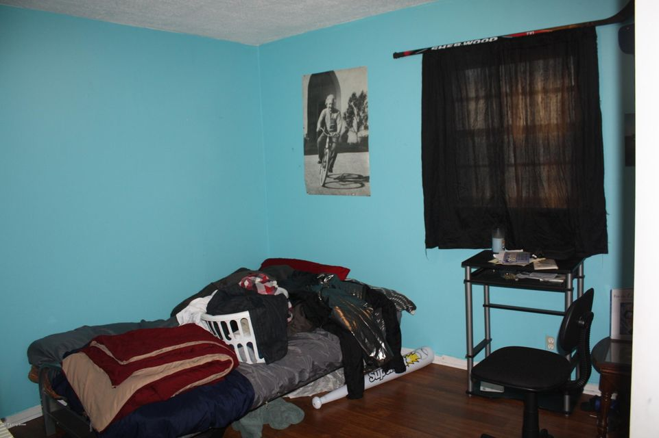 Additional photo for property listing at 1138 Reutlinger Avenue  Louisville, Kentucky 40204 United States