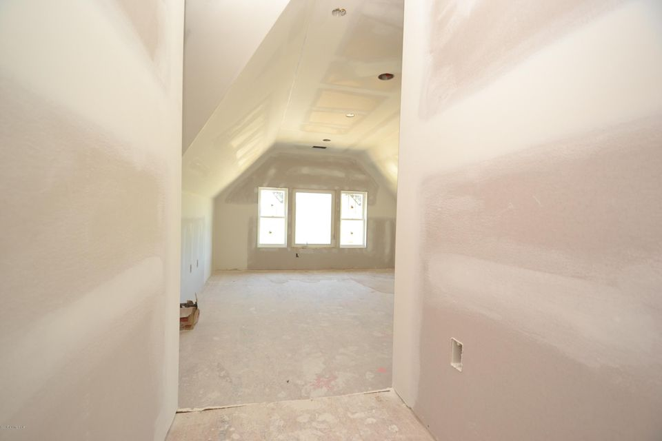 Additional photo for property listing at 1101 Summit Parks Drive  La Grange, Kentucky 40031 United States
