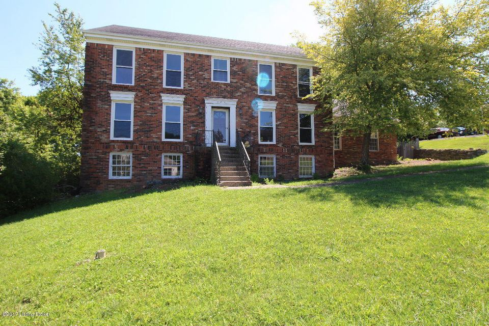 Single Family Home for Sale at 205 Burleigh Court Louisville, Kentucky 40245 United States