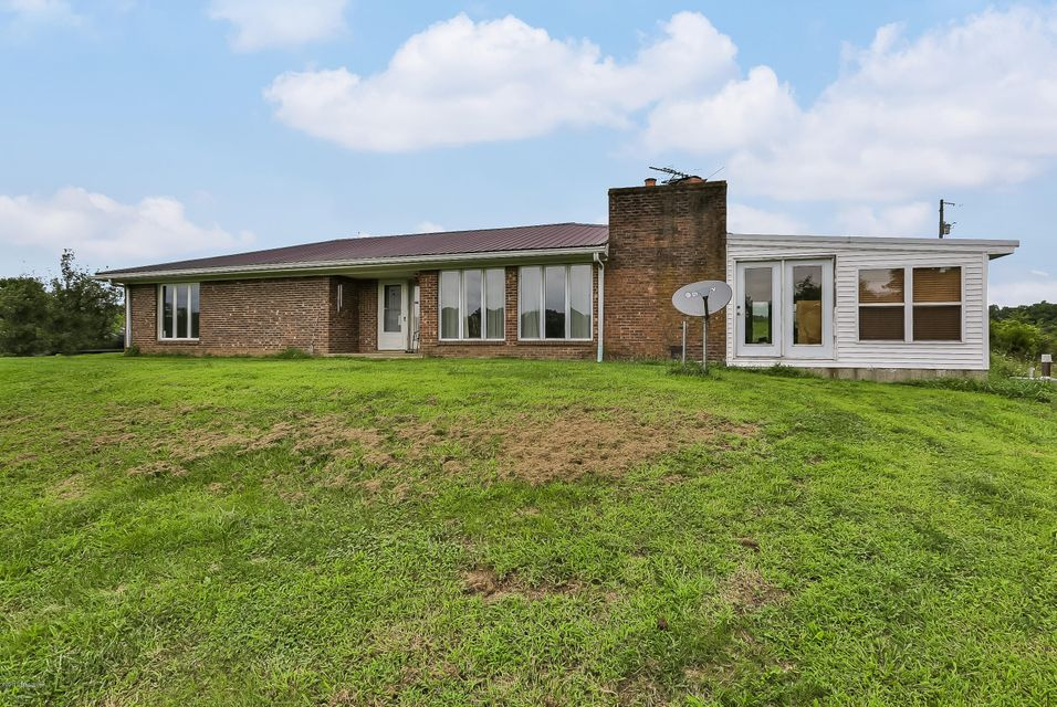 Single Family Home for Sale at 2497 Hillsboro Road 2497 Hillsboro Road Campbellsburg, Kentucky 40011 United States