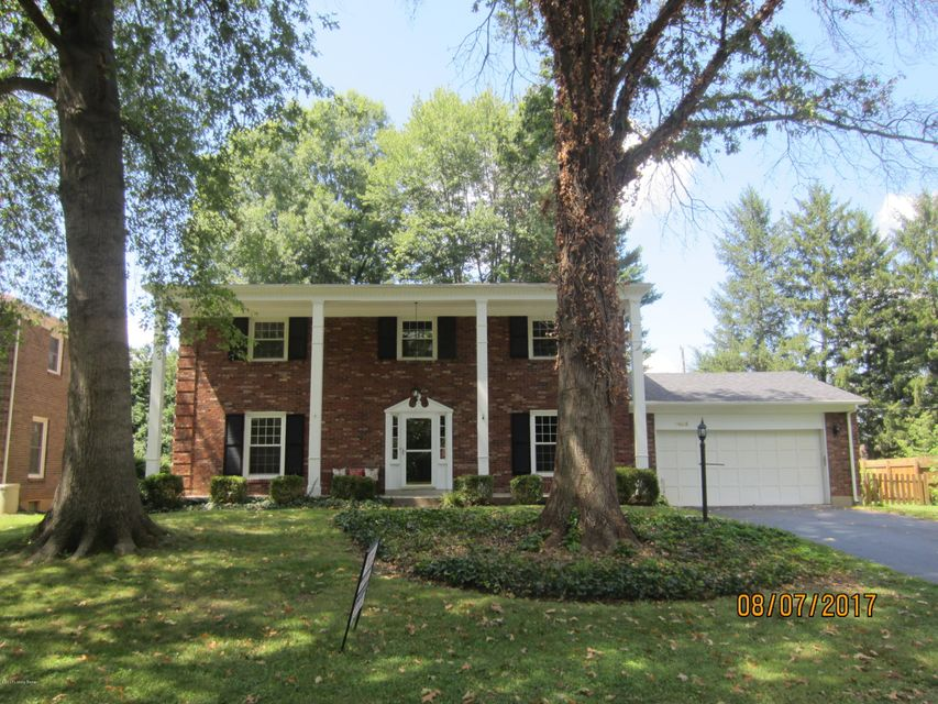 Single Family Home for Sale at 7403 Keisler Way Louisville, Kentucky 40222 United States