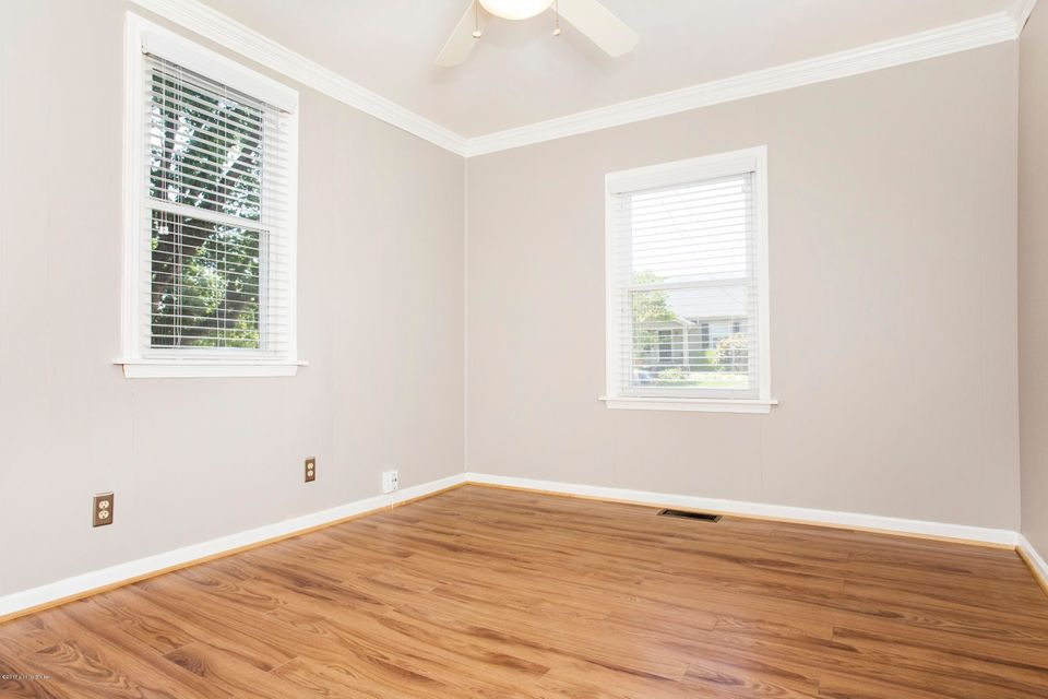 Additional photo for property listing at 1219 Rammers Avenue  Louisville, Kentucky 40204 United States