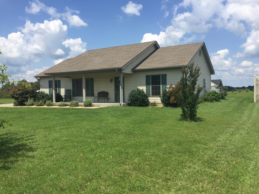 Additional photo for property listing at 712 Leafdale Road 712 Leafdale Road Hodgenville, Kentucky 42748 United States