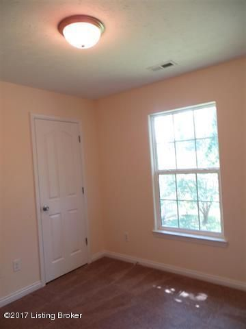 Additional photo for property listing at 100 W French Street  Elizabethtown, Kentucky 42701 United States