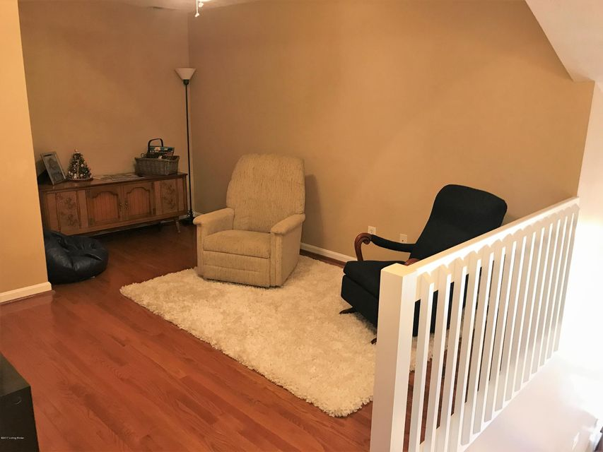 Additional photo for property listing at 116 Charlton Wynde Drive  Louisville, Kentucky 40245 United States