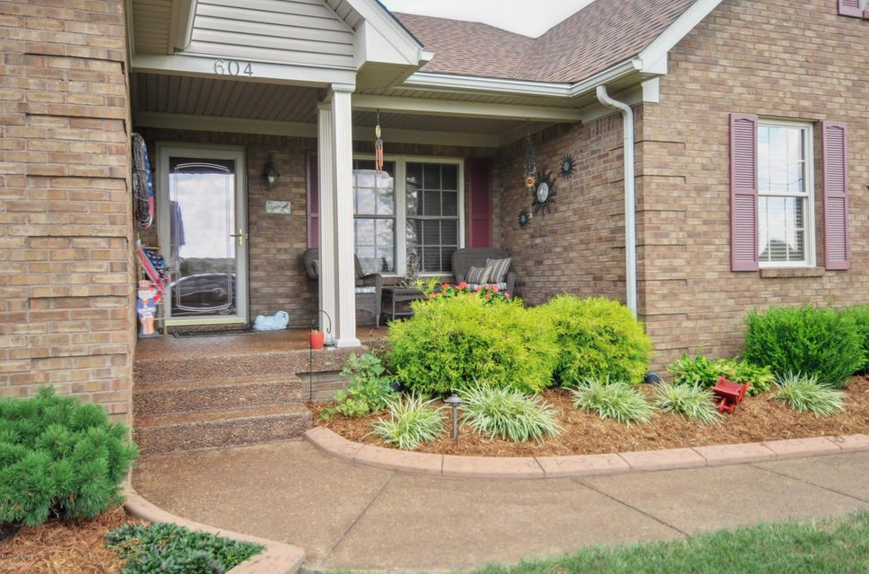 Additional photo for property listing at 604 Meadowland Trail  Shepherdsville, Kentucky 40165 United States