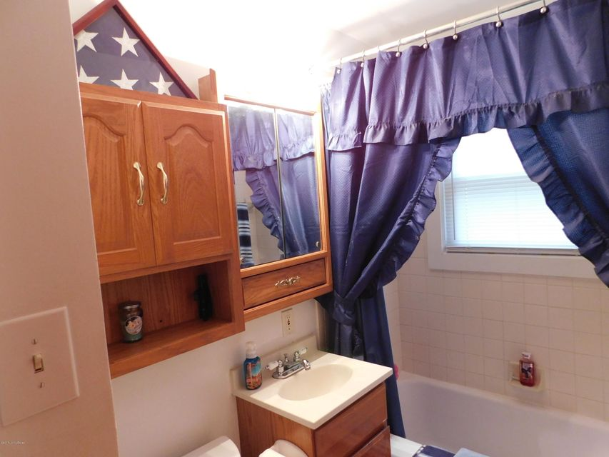 Additional photo for property listing at 509 Churchill Court 509 Churchill Court Elizabethtown, Kentucky 42701 United States