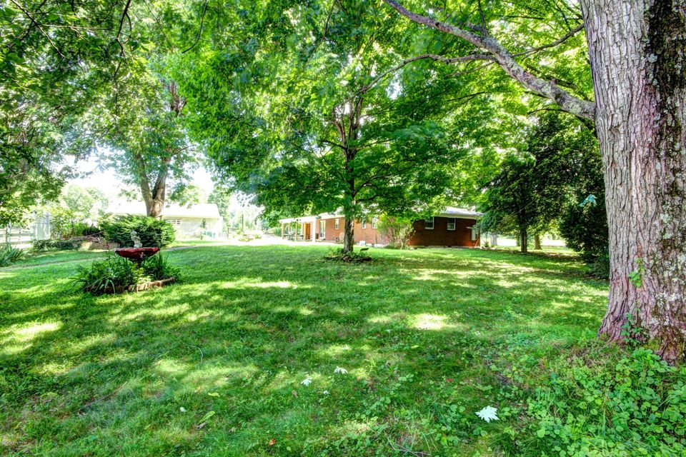 Additional photo for property listing at 1015 Mt Holly Road  Louisville, Kentucky 40118 United States