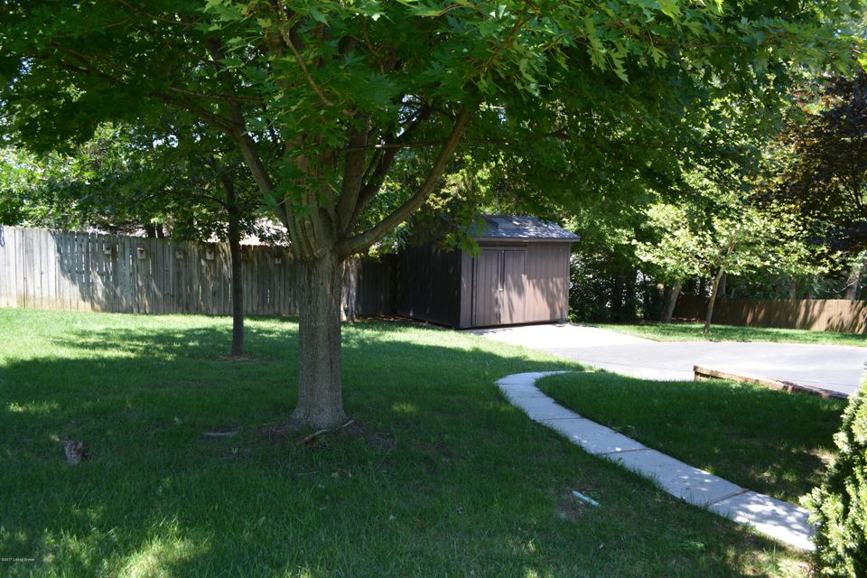 Additional photo for property listing at 1336 Bonnie Blue Loop  Lawrenceburg, Kentucky 40342 United States