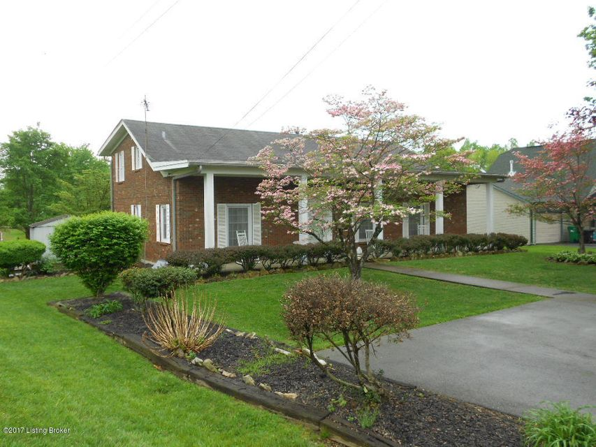 Additional photo for property listing at 111 Walker Road  Muldraugh, Kentucky 40155 United States