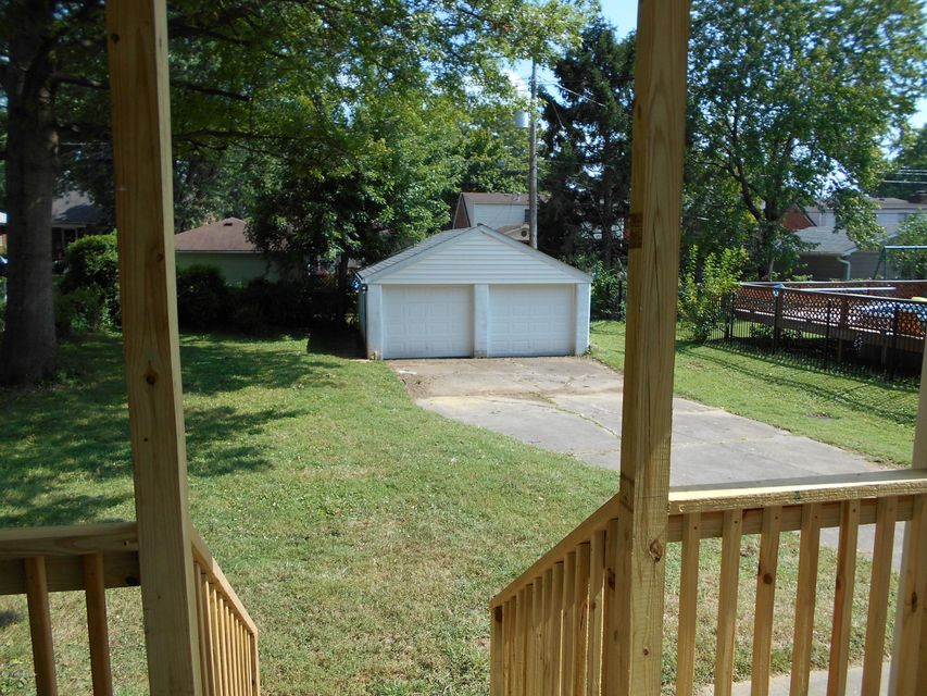 Additional photo for property listing at 2340 GLADSTONE Avenue  Louisville, Kentucky 40205 United States