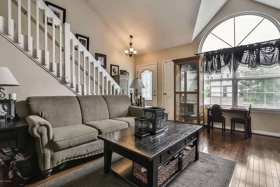 Additional photo for property listing at 150 Lincoln Station Drive  Simpsonville, Kentucky 40067 United States