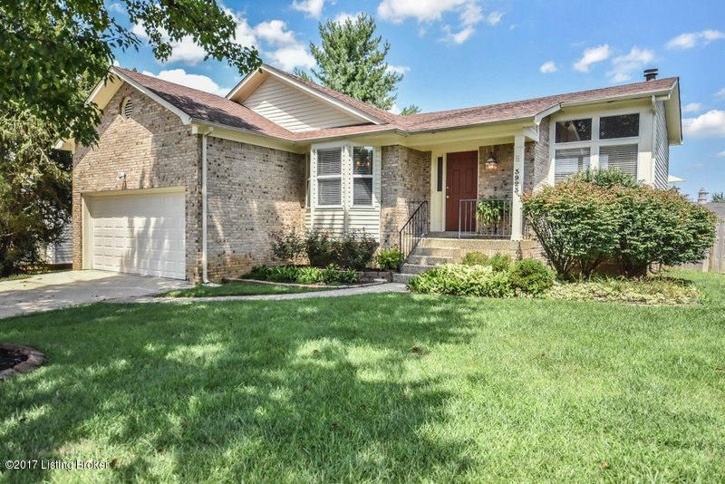 Single Family Home for Sale at 3923 Vantage Place Jeffersontown, Kentucky 40299 United States