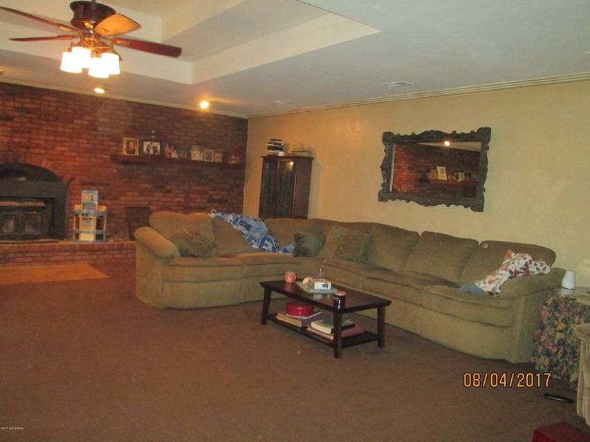 Additional photo for property listing at 199 Twin Island Lane  Boston, Kentucky 40107 United States