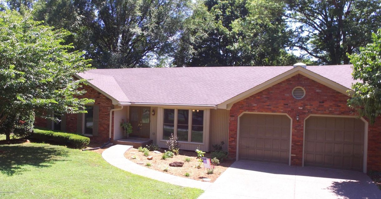 Additional photo for property listing at 8710 Wimborne Way  Louisville, Kentucky 40222 United States
