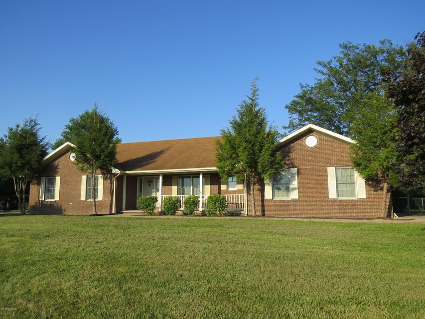 Additional photo for property listing at 338 Cedarwood Road 338 Cedarwood Road Bedford, Kentucky 40006 United States
