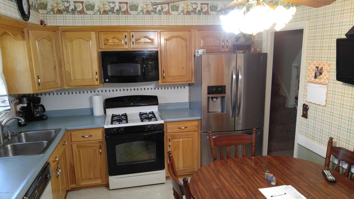 Additional photo for property listing at 2720 Hounz Lane  Louisville, Kentucky 40223 United States